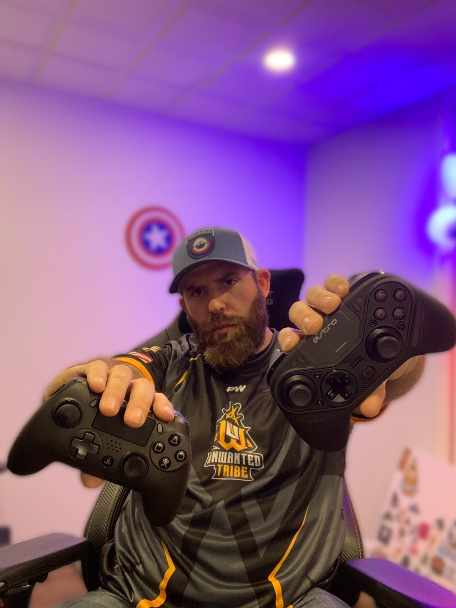 I almost look legit #esports #twitch #team #UnWantedTribe #streamer #DynaNite #COVID19 #ASTRO #scuff #hue #fablebeardcompany https://t.co/mSYEACqmD1