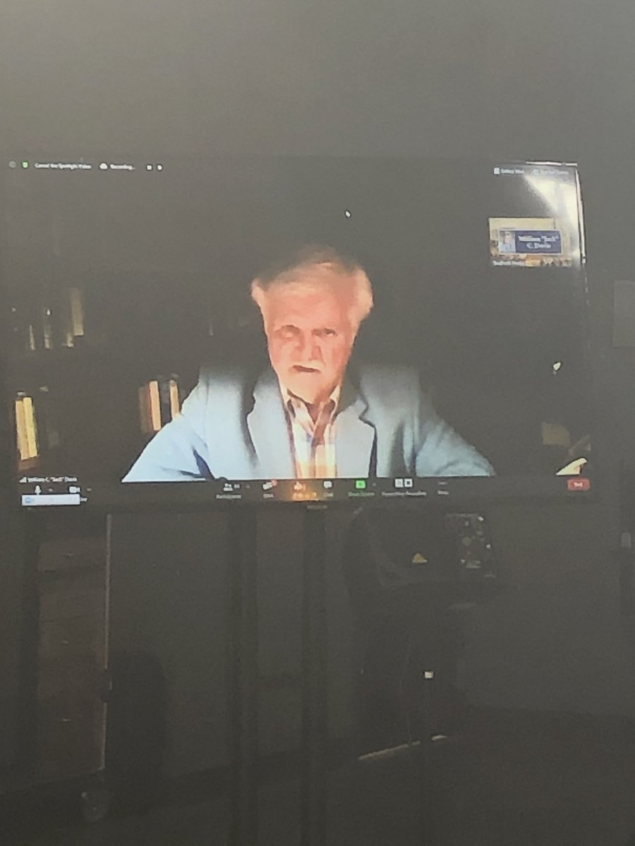 """test Twitter Media - Virtual and remote Kentucky Civil War Round Table with the incredibly prolific William C. """"Jack"""" Davis joining us from the comfort of his study in Virginia! Thank you, Jack, and to everyone who tuned in! #CivilWar #COVID19 #zoom https://t.co/w1xlOuy5Pj"""