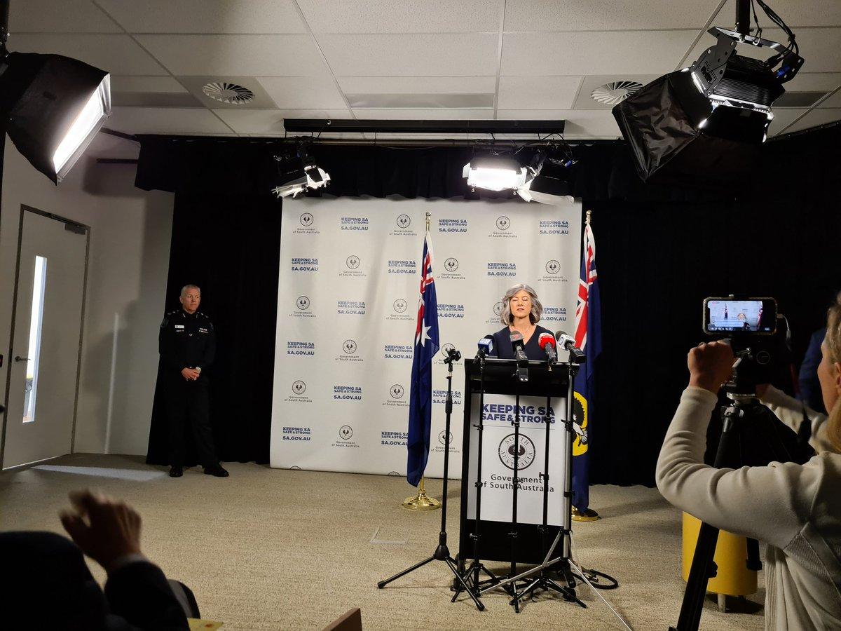 Chief Public Health officer Professor Nicola Spurrier confident that #Sydney taxi driver is not deemed community transmission, meaning that she is confident to recommend lifting border restrictions #Adelaide #covid19 #coronavirus #saparli https://t.co/AIEchvrcyL