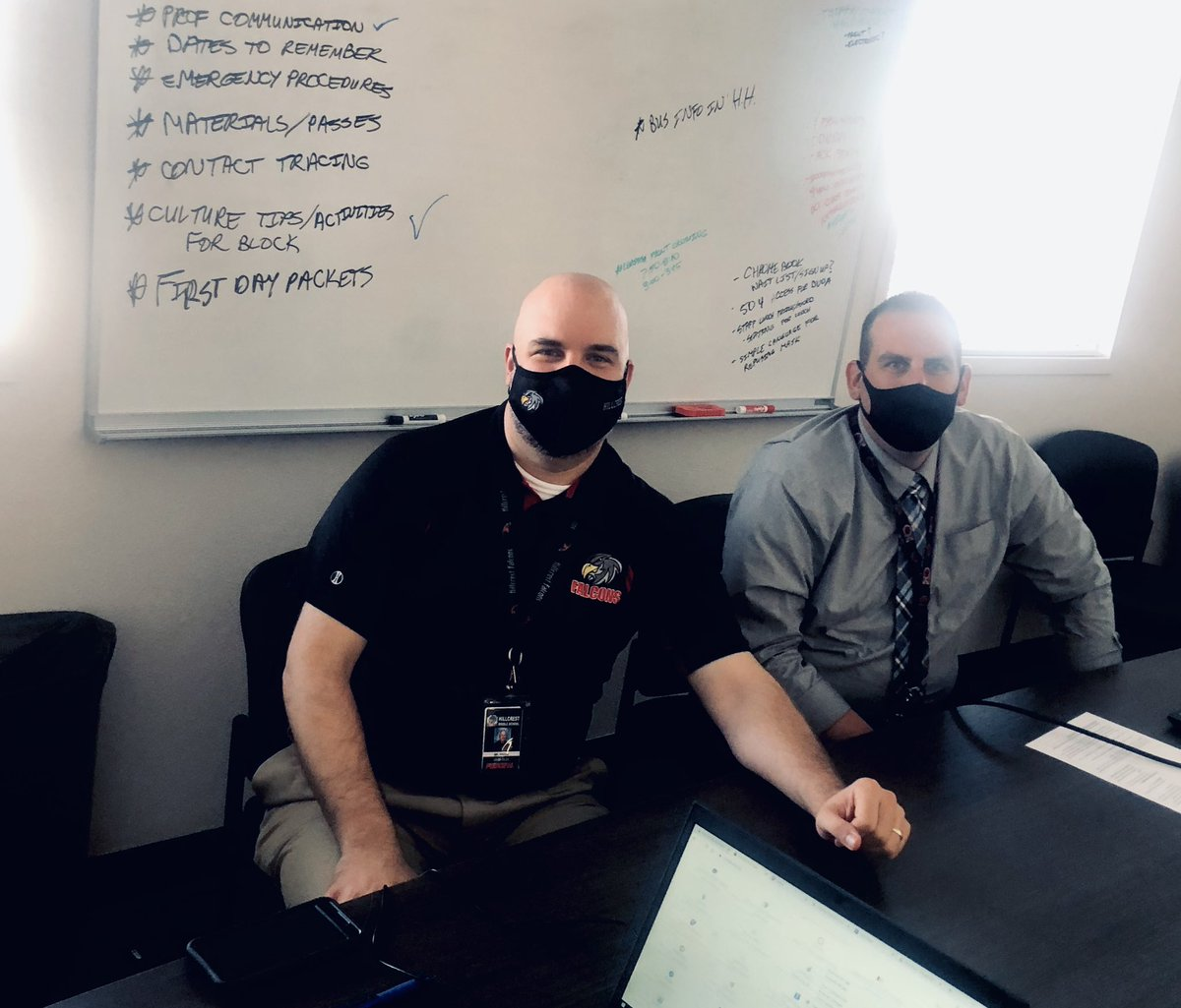 The administrative team at Hillcrest Middle School @thedigitalnest is putting all the details together as they prepare to open their doors to 7th grade students next week! @DVUSD https://t.co/tRBl9wtPKa