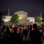 Image for the Tweet beginning: People paying tribute to RBG!