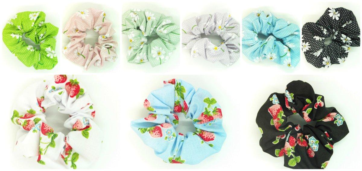 Scrunchies available https://t.co/3N1yh5crRj  #handmade #nocopyright #uksmallbiz #craftbizparty #queenof #earlybiz https://t.co/ooaQyzfq07