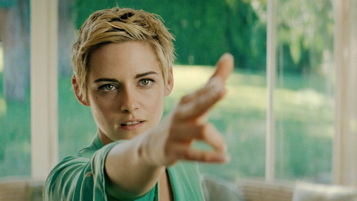 Just caught-up on #Seberg on @PrimeVideo. I continue to be impressed with #KristenStewart's acting choices. She pours deep emotion into Jean Seberg. Vince Vaughn, Jack O'Connell and Margaret Qualley all have strong moments. And a rarity: this film actually should've been longer. https://t.co/NppVEyqRYN