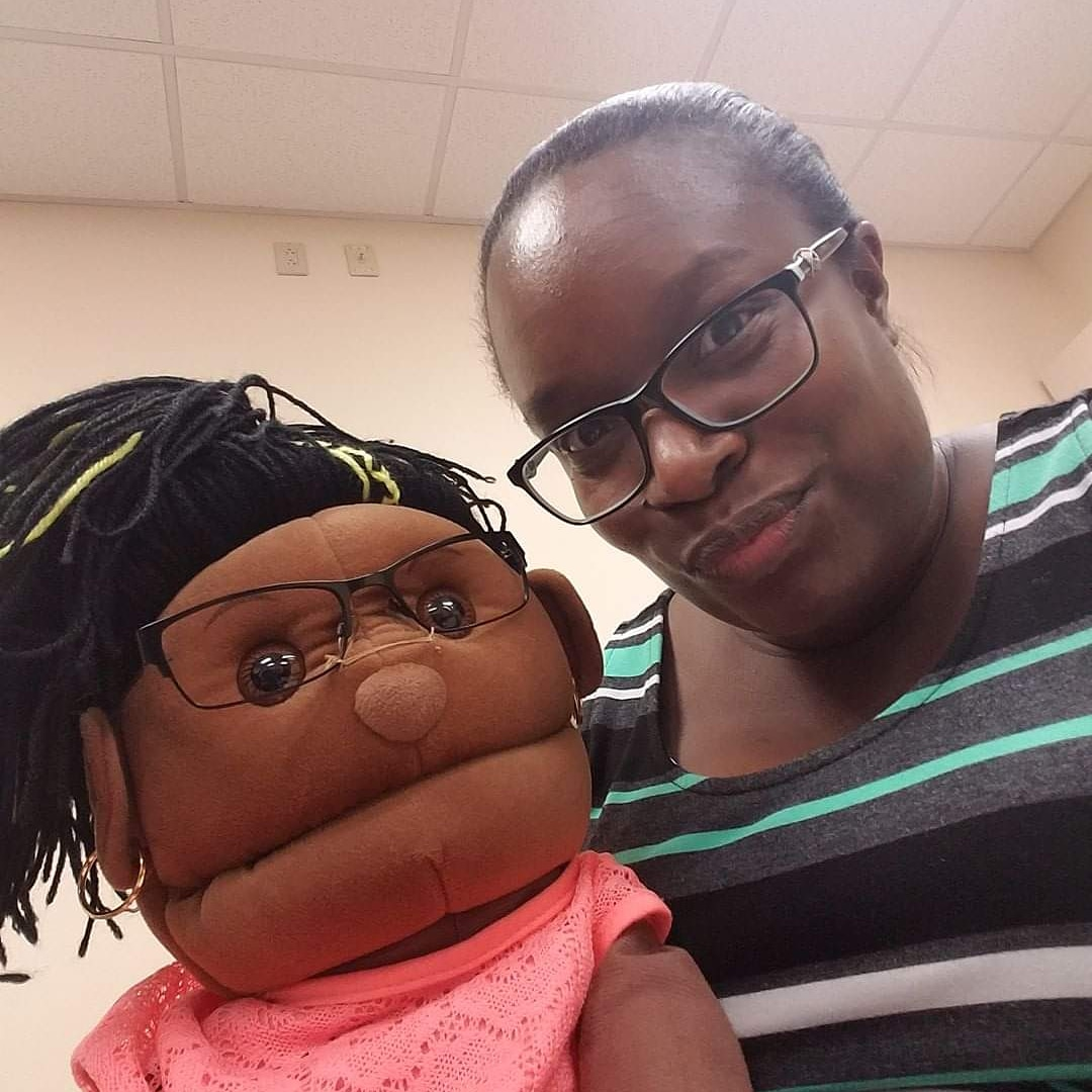 Just reminiscing about that time I joined the puppet ministry at church. 😂 What kind of things do you agree to for your kids?  #MySimpleMOMents #HoustonBlackBlogger #MotherhoodInTheRaw #BlackMotherhood #BlackMomMagic #MomOfLittles #MelaninMom #MelaninKids #BlackCreativeKids https://t.co/V8C1JuL2nd