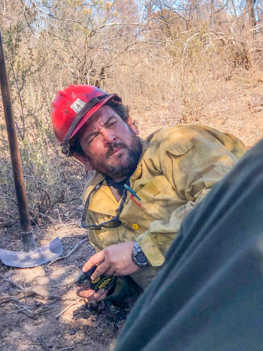 """Sharing our deepest sympathies from Chief Vicki Christiansen:   """"Thursday evening we lost one of our own. Charlie Morton, Squad Boss for the Big Bear Interagency Hotshot Crew of the San Bernardino National Forest, was tragically killed during efforts to... (continued) https://t.co/pfzmVkGQ0v"""