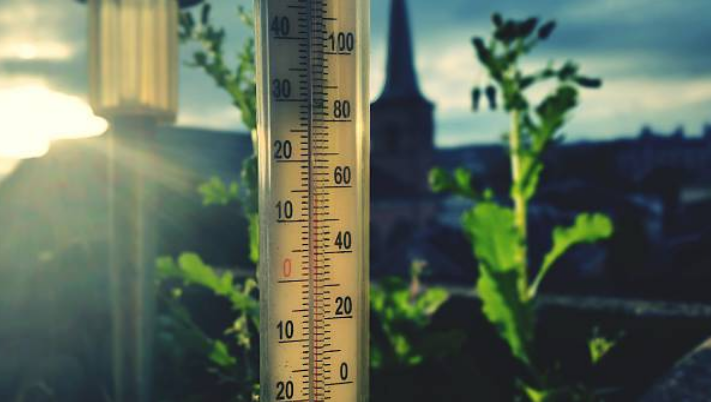 Conversion of Celsius to Fahrenheit °C to °F = Divide by 5, then multiply by 9, then add 32 https://t.co/IUqAiwOdAn #celsius #fahrenheit #weather #belowzero #mercury #fahrenheittocelsius #celsiustofahrenheit #globalweather #maui #hawaii #europe #asia #usa https://t.co/pg07uNYuOI