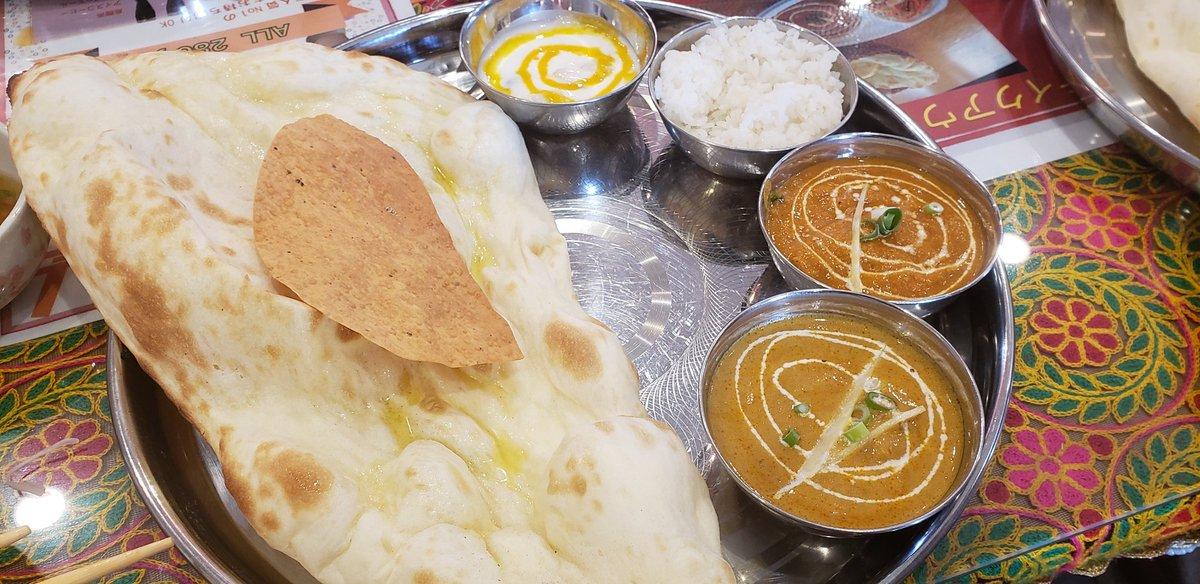 798円でナン食べ放題でこんだけバラエティーあるてよく考えたらエグいな。 #Asha #インド料理 #インドカレー #ナン食べ放題  #甲賀市甲南町 https://t.co/B91HOz75jT