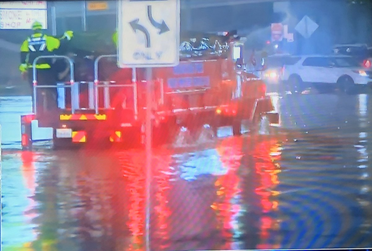 Your @HoustonFire is braving street flooding to rescue stranded motorists.   Please remember, driving through flooded streets is dangerous and may push water into yards, homes and businesses  If there's no need to be on the street, Stay safe at home  @HoustonOEM @HoustonTX https://t.co/wZSYN7szOV
