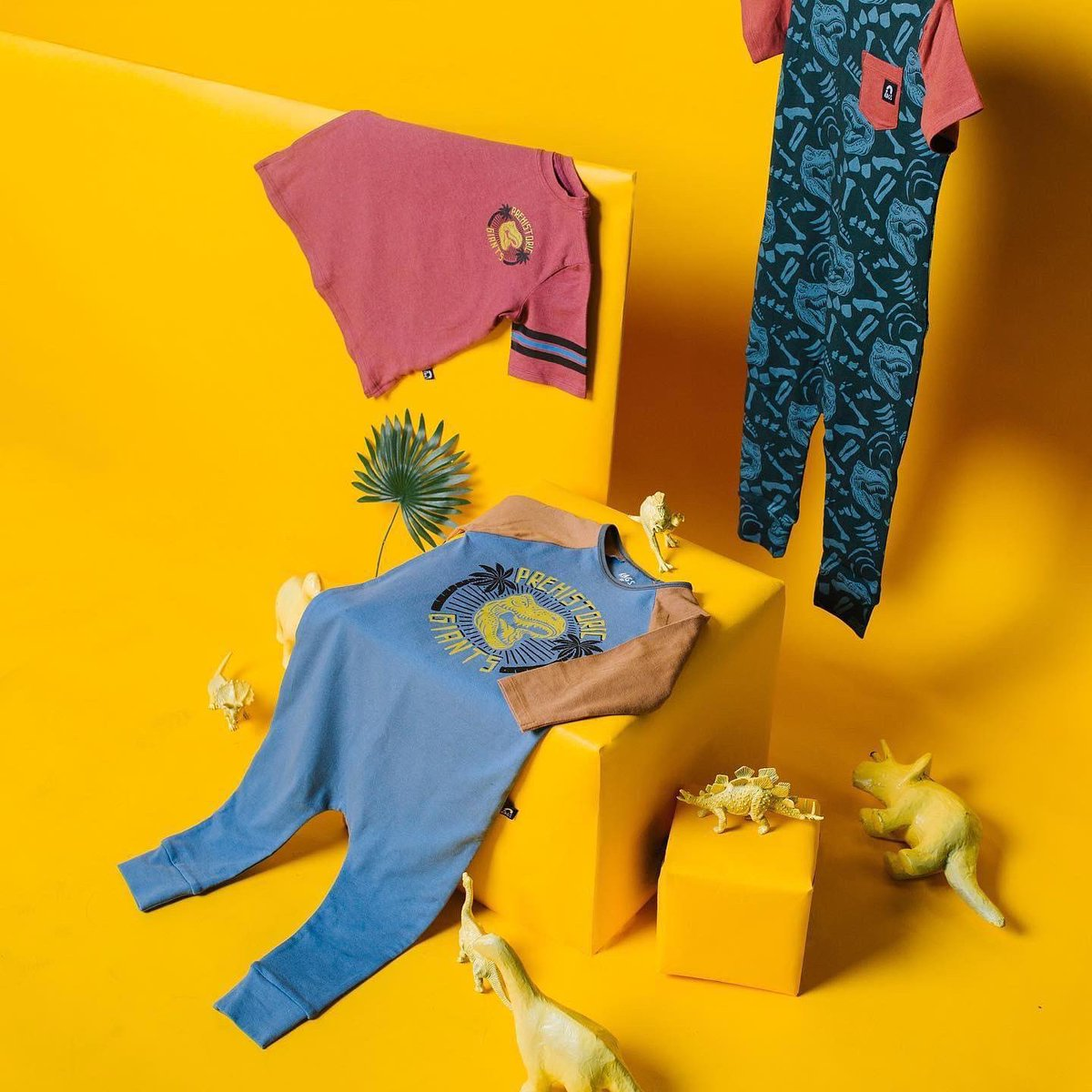 Rags is kicking off Birthday Week with this jurassic trio! 🦖https://t.co/vAmRhyvpcF #kids #clothes #adults #parents #dinosaurs #children #rags #birthday #birthdayweek #shoponline https://t.co/2hMadrzbyK