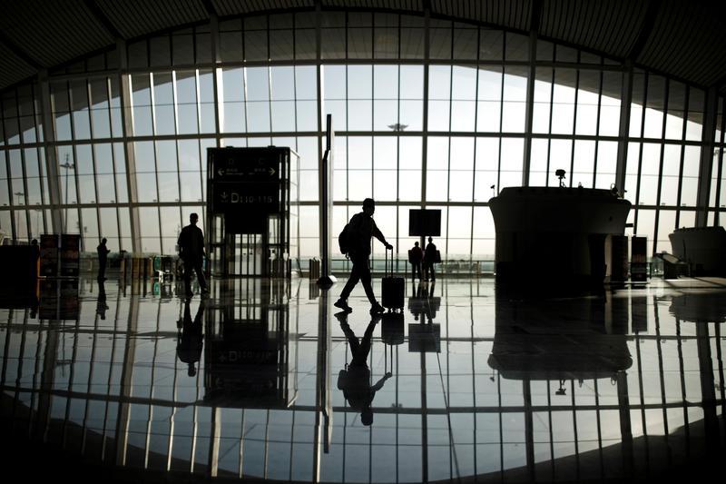 Airline travel shifts toward last-minute bookings, domestic trips: Skyscanner https://t.co/FKSTk8zRLD https://t.co/7Jr57VodzC