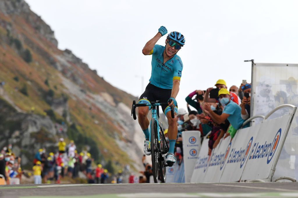 Miguel Ángel López set to leave Astana at end of 2020  Vinokourov confirms Giro d'Italia will be Colombian's final race with the team  https://t.co/rRRX74TGWE https://t.co/v3ze2R2ER2