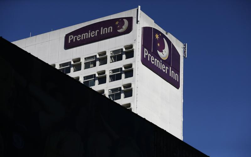 Premier Inn-owner Whitbread plans nearly 6,000 job cuts https://t.co/OtMLYClXp6 https://t.co/tX6BaH0jIZ