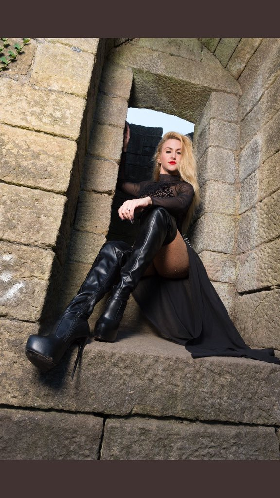 Good morning, Miss @MissSuzannaMax 💜💰🗝. Good morning all.  Hope Y/you are all well and have a Tremendous Tuesday. https://t.co/quYx9H2Urv