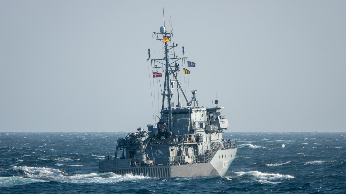 Rough waters during the North Sea transit towards Denmark for our Standing @NATO Mine Countermeasures…