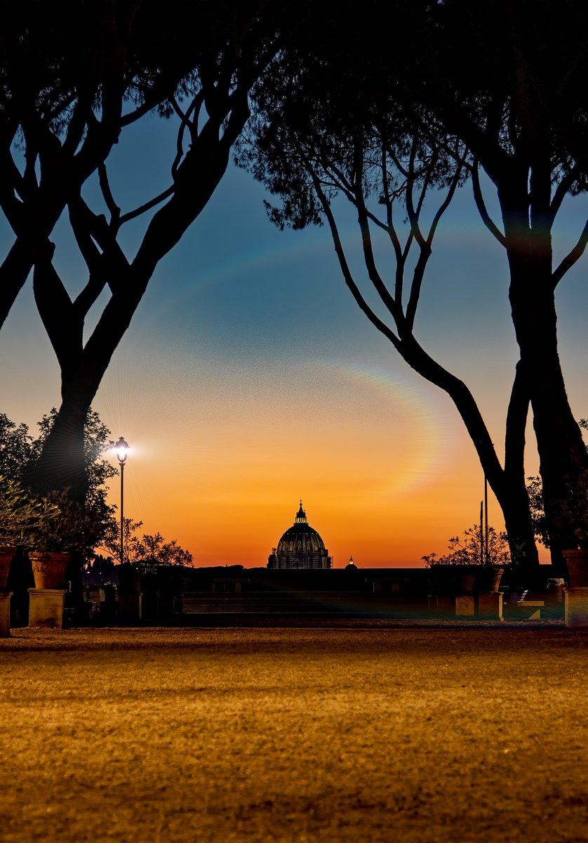 ##Roma#Alephotopassion#ScorciRomani #foto https://t.co/lvDpBihmDN https://t.co/WxDfx3XyiI