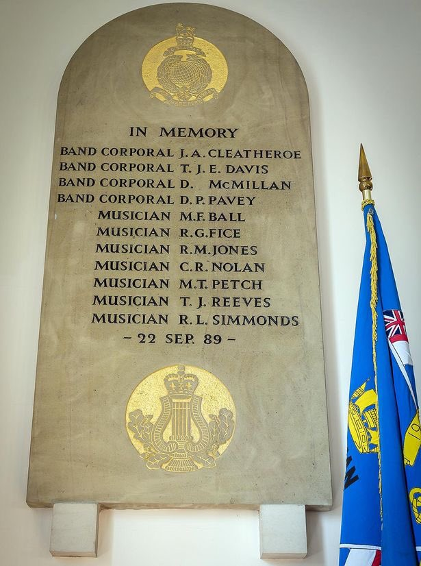 At 0822 on 22 September 1989 an IRA bomb exploded at the #RoyalMarines School of Music in Deal, Kent. It killed 11 Royal Marines Musicians. We will never forget the horrific events of that day. We will remember them.
