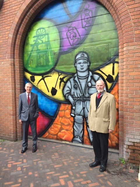 A number of Council owned roller shutter doors in Cannock Town Centre have been transformed into works of art this summer, as part of a range of environmental improvements in and around the town centre. Read more: https://t.co/GRQyaL7Vz5 https://t.co/TldhmH6pZv