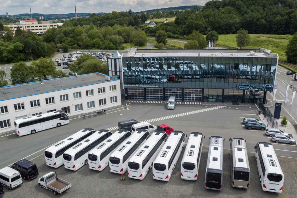 Am #MAN-Standort in #Plauen haben Beschäftigte gegen eine mögliche Schließung des Werkes protestiert. https://t.co/DnmaooMKYW https://t.co/ClRGRt7o28