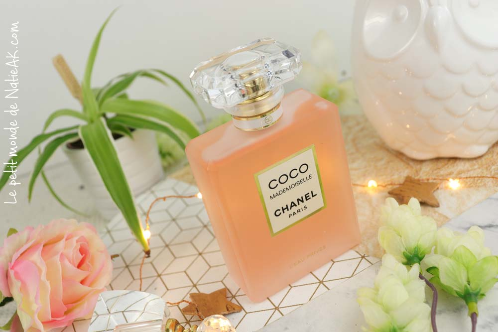 A la recherche d'un parfum à la fois mystérieux, doux et sensuel ? Découvrez sur le blog la version légère de Coco mademoiselle L'eau privée de Chanel 😍➡️ https://t.co/AsNst89X8y #chanel #parfum #cocomademoiselle #cocomademoiselleeauprivee #perfume #chanelperfume https://t.co/jGv8NpQpWH
