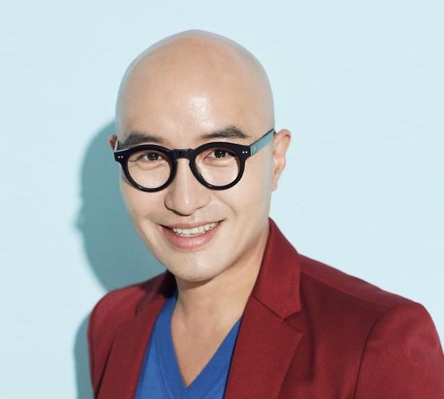 TV Personality Hong Suk Chun Talks About The Possible Cause For The Late Oh In Hye's Suicide https://t.co/fIBr3dU5aT https://t.co/poliPtVU3B