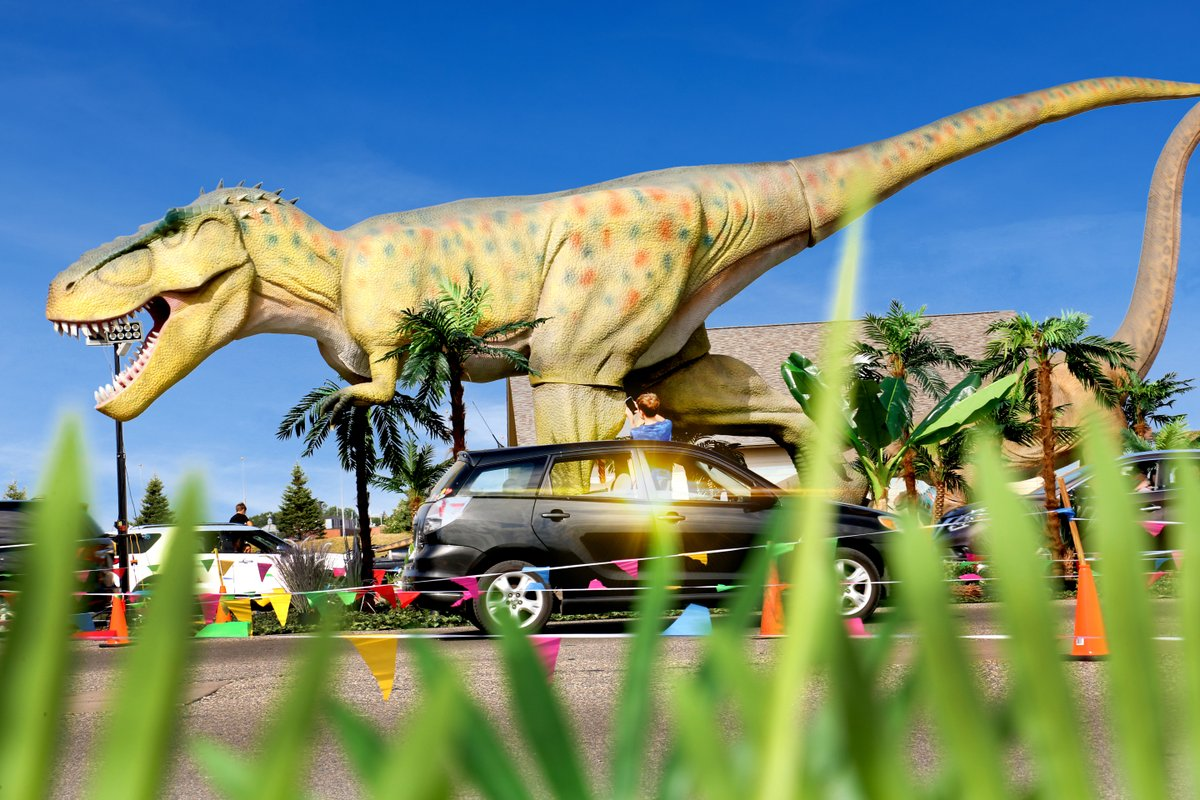 Get ready for a Dinosaur Adventure Drive-Thru, at the @WAStateFair!  Enjoy the excitement of these prehistoric creatures, Oct 15 - Nov 1, 2020, Thursdays through Sundays. Tickets on sale now: https://t.co/Zzm2s79tDa https://t.co/eCCirnHIEp