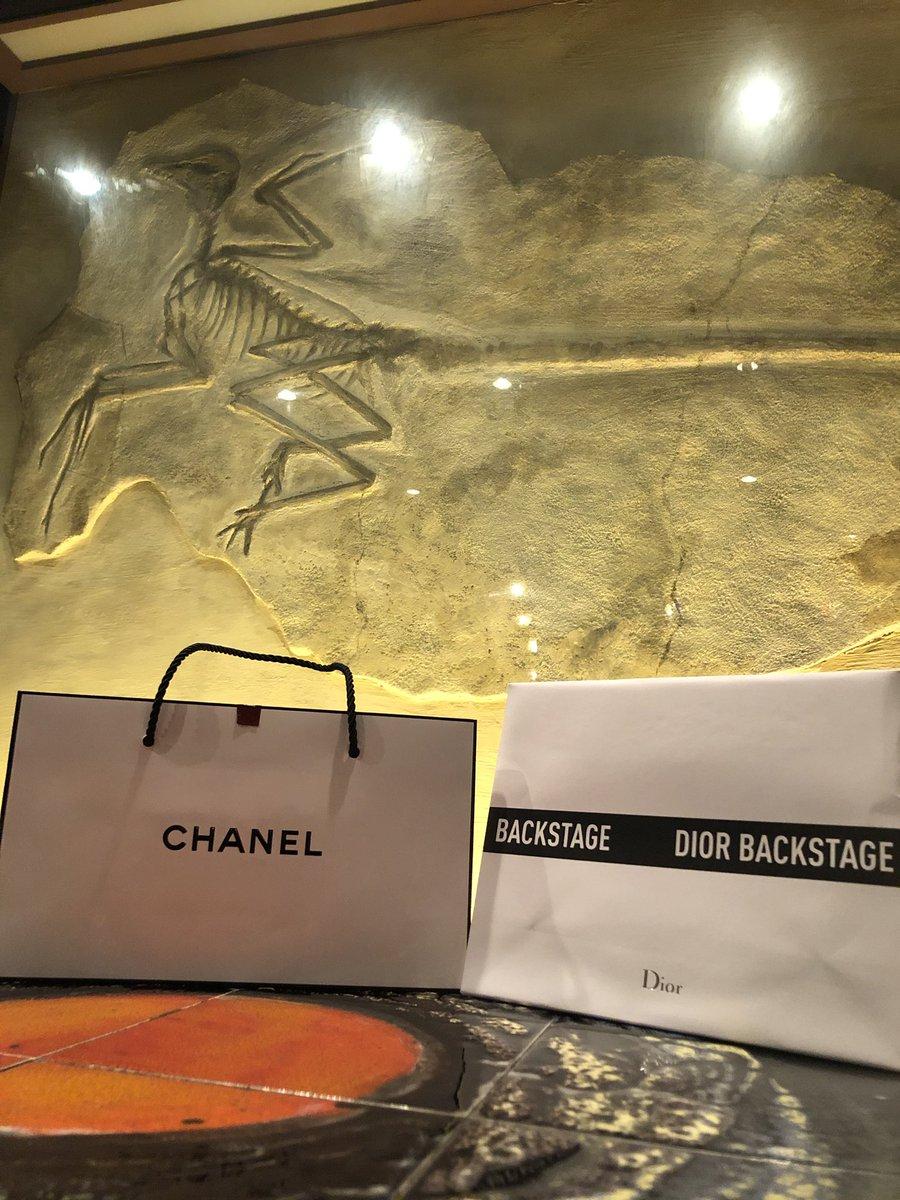 レギュラー出勤に向けて、気合い入れてく♪  #dewl #デュール #越前リョーマ #ホストの神 #新宿 #歌舞伎町 #ホスト #ホスクラ #ホス狂い #まだまだだね #愛に恋よ #初回 #指名 #DMくださいな #Dior #CHANEL #ISETAN https://t.co/5srJ47jraO