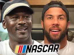 #MichaelJordan compra un equipo de #NASCAR y tendra a #BubbaWallace como piloto. Patrocinadores no le van a faltar. #sportsbiz https://t.co/E0KSgLtLWM