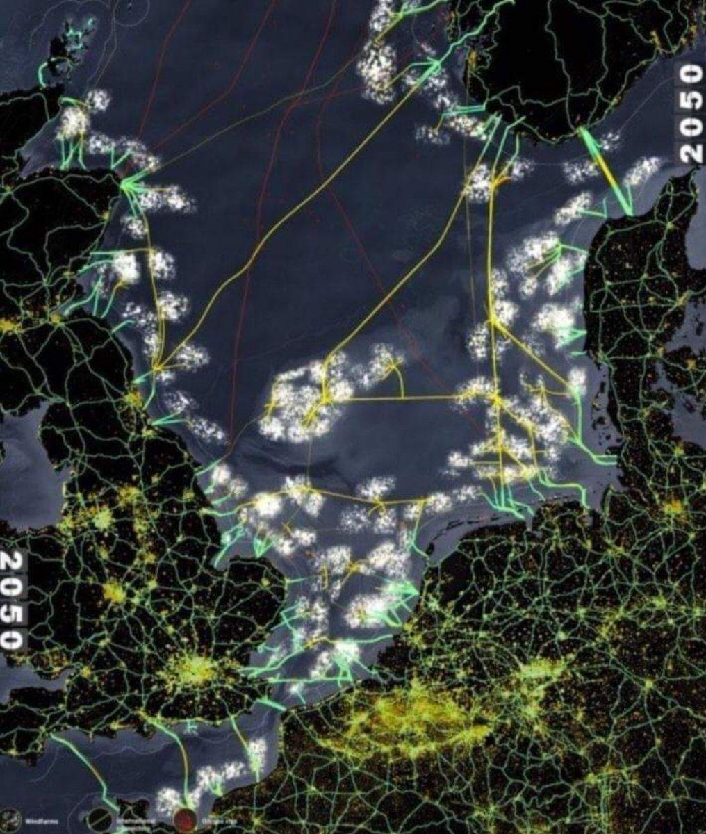 @NOS Complete Noordzeekustzone, plus a.s. 'zeereservaat' Doggersbank gevuld met windmolens. Die vernietigen de beste vispaaiplaatsen en doden duizenden zeezoogdieren, w.o. dolfijnen. Kaartje afkomstig uit Deltaresrapport. https://t.co/3tNvYsRpxY