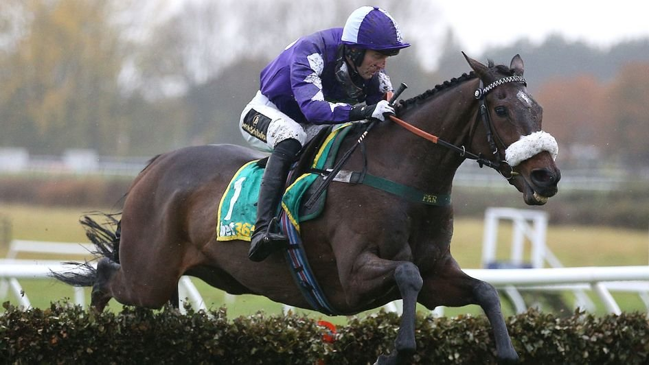 Yorkshires pride and joy of the National Hunt world, LADY BUTTONS (GB), has been retired. Keith and Jayne Sivills homebred mare won 15 times from 33 starts under rules for trainer @PKirbyRacing, including back-to-back Grade 2 Yorkshire Rose Mares Hurdles at @DoncasterRaces.