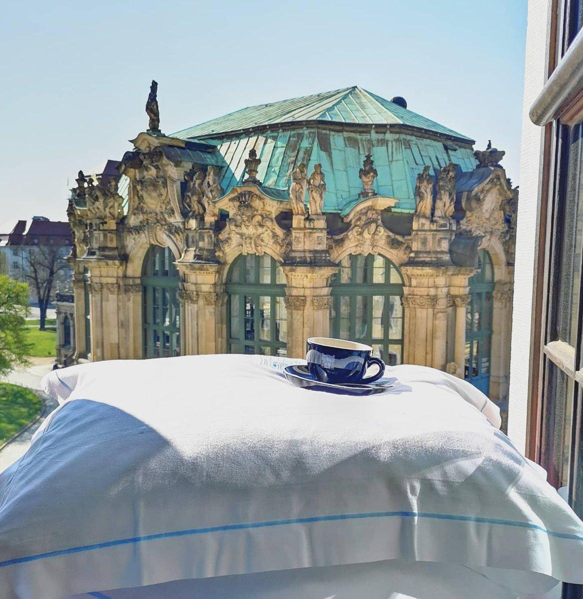 Breakfast in bed, at Hotel Taschenbergpalais Kempinski Dresden. #Kempinski #KEMPINSKIDISCOVERY #DiscoveryLoyalty https://t.co/KQTRg9L8Ca