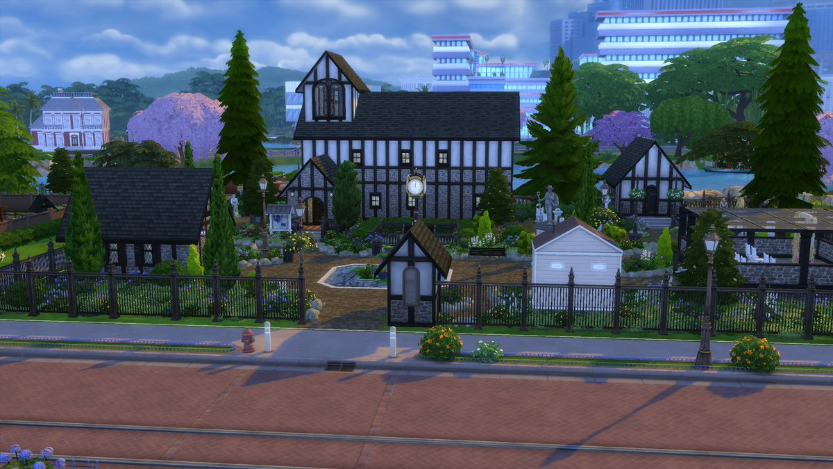 St Mary Church. A wedding or a funeral? No worries! Come and make any special moment here. Complete with bathrooms and a cafe.  • origin ID: rhxann • Now available on the gallery.  #TheSims4   #ShowUsYourBuilds  #StayandPlay #SimsCreatorCommunity https://t.co/jomRHrM77x