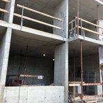 Приступили к работе по отделке технических помещений и штукатурке фасадных стен на новом объекте вблизи метро Черная речка.