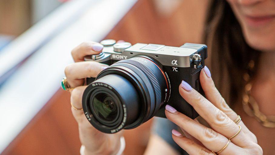 Test Sony Alpha 7C (A7C): un bon hybride 24×36 qui tient dans la poche https://t.co/gm3jSHDJ8q via @photographie #Popular #Article https://t.co/l7exqXlCYU