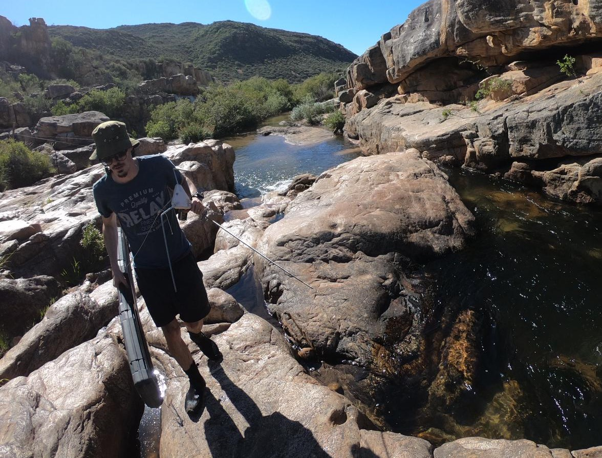 """@NRF_SAIAB Research Student, Casey Broom presents about """"Native Fish Recovery, Habitat Associations and Management Following the Eradication of Invasive Predatory Fish from the Rondegat River, South Africa"""" at the @AmFisheriesSoc Virtual Conference 2020.  #AFSvirtual2020 #AFS150 https://t.co/bS3dfp4ars"""