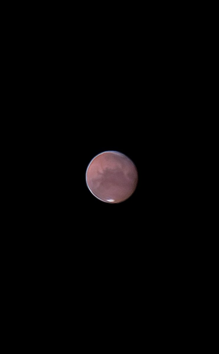 Mars this morning with the Samsung s9+ my 250mm dobsonian and a 4mm eyepiece. 200 frames from a total of ~3000 Average seeing. #Mars #astrophotography #astronomy #planetmars #universe https://t.co/lbKzYx6TOu