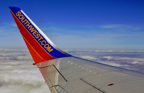 Southwest Airlines companion pass deal allows for unlimited free flights in early 2021 for one half of every pair of travelers!  There are a few hoops you'll need to jump through first tho: https://t.co/340rXqbGNy https://t.co/0uaeYqA9ia