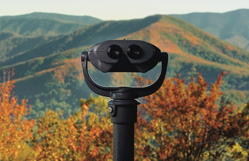 Get out your hanky! We've got a tear-jerker video of colorblind people seeing fall foliage for the first time embedded in our article about the assistive lenses that are now available at many viewpoints in #TN, as well as museums and parks across the #USA. https://t.co/hTcv2nAoX2 https://t.co/p3Lo8KMQte