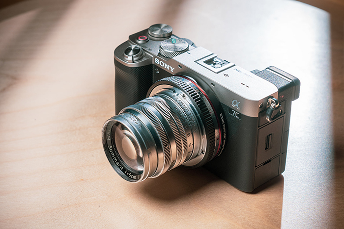 Not so bad: #SonyA7c with the #Leica summarit 50mm f/1.5   https://t.co/JYuHXrjLxl  #sonyalpha #sonyalpharumors https://t.co/5hoE7BgqYE