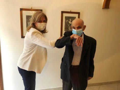 """Morta a 106 anni 'la nonnina' più longeva di Marsala, Montevago festeggia i 103 anni dello """"zio Ciccio"""" - https://t.co/rmTs9mWyfo #blogsicilianotizie"""