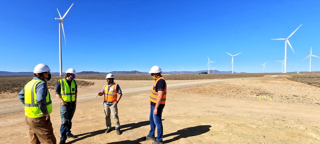 Great visit to Perdekraal East Wind Farm today - a great example of the private sector investing in renewable energy in the Western Cape.   Currently in construction, once online this wind farm can provide energy to 52,000 homes.    #GreenEconomy #EnergyResilientWC https://t.co/tWFZ9fNDq6