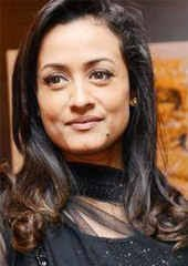 I know her from 15 years and she is a inspiration for most of the women. She is a great wife and great mother . I respect #Namrata👌 https://t.co/AqnQA6lWjm