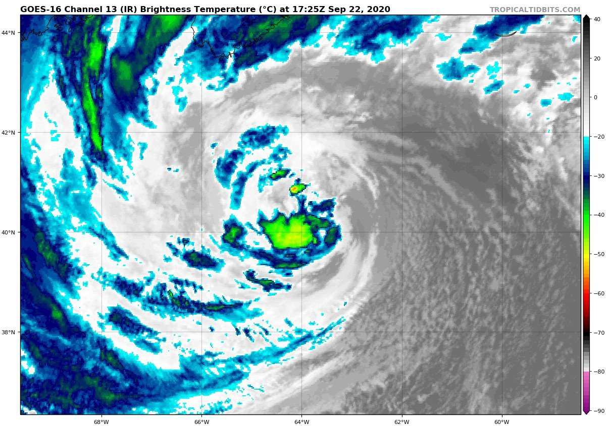National Hurricane Center On Twitter Hurricane Teddy Advisory 41a Extremely Large Teddy To Bring Destructive Waves Heavy Rain And Strong Winds To Portions Of Nova Scotia Today Through Wednesday Https T Co Vqhn0u1vgc