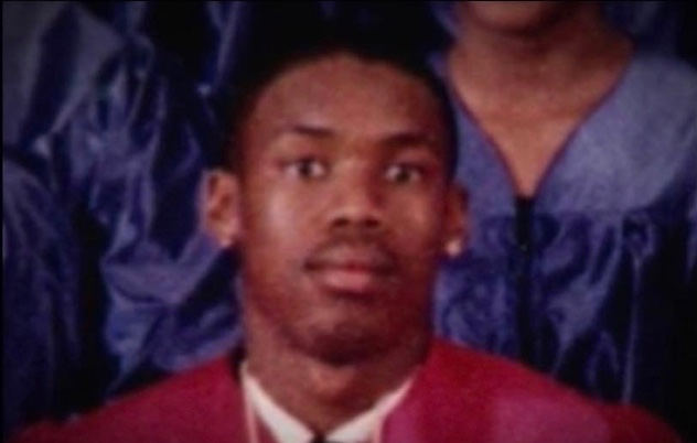 In 1999 Julius D. Jones was a member of the National Honor Society & graduated HS with top honors. He was co-captain of the football & basketball teams. He was attending the University of Oklahoma on an academic scholarship. Then he was FRAMED FOR MURDER! https://t.co/1zWFnxtX22 https://t.co/sNoAoCVyFV