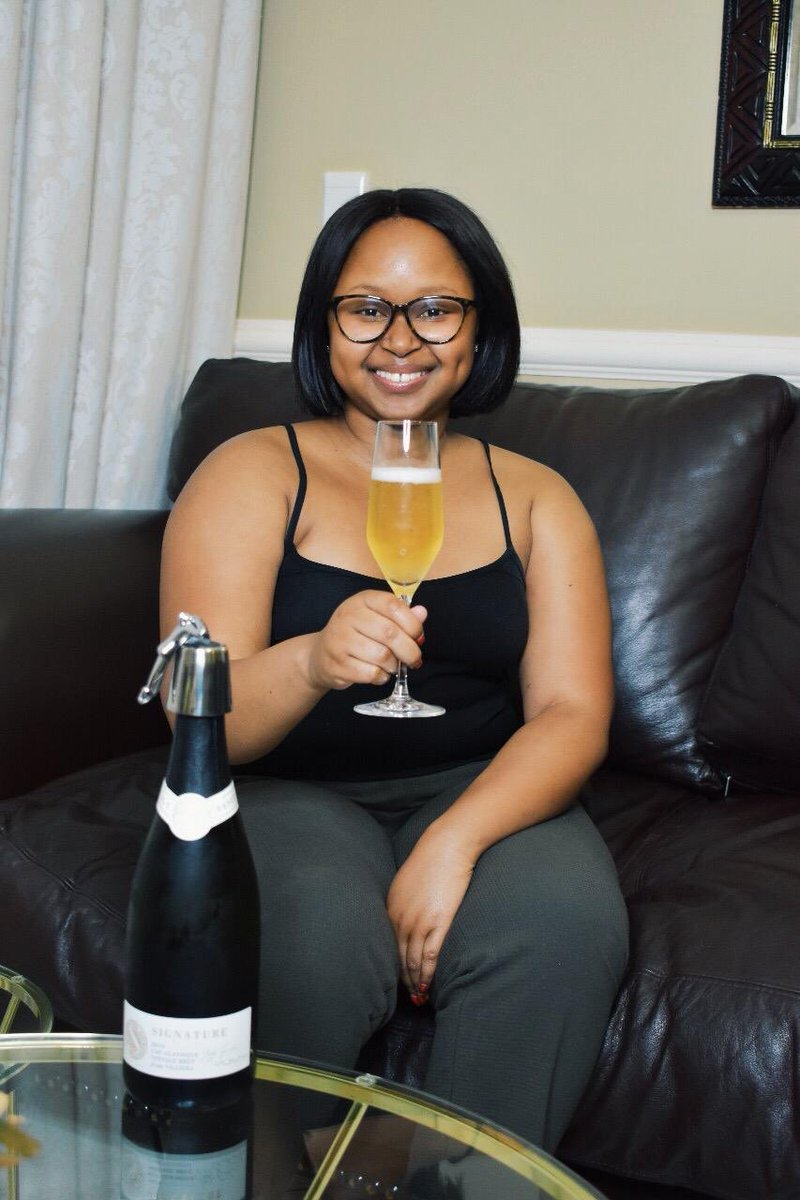 NEW THREAD ALERT! It's time for #Wineish101 again! Tonight we're talking about all things MCC. Cheers chiiile!  Watch our IGTV here - https://t.co/Vo9iNElARA https://t.co/tRoAxgyZnS