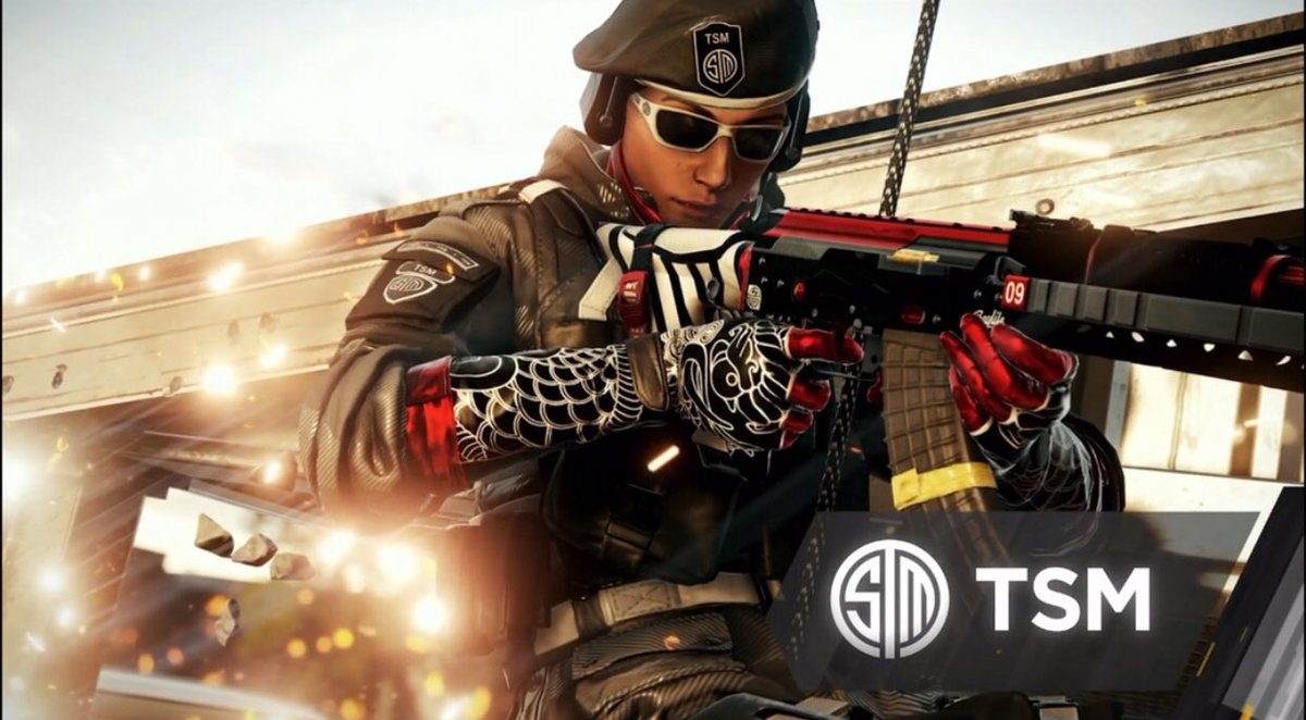 Giving away 2 Full sets of the NEW TSM bundle in game. All you gotta do is  ✅Retweet ✅Follow  Winner will be announced in a week. GL https://t.co/1jpEO5r0F8