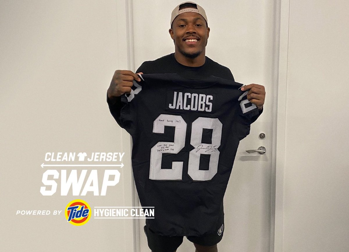 For the fastest GOAT I've seen on the field. @A_kamara6 this one's for you. #JerseySwap #ad https://t.co/NfugoPie2O