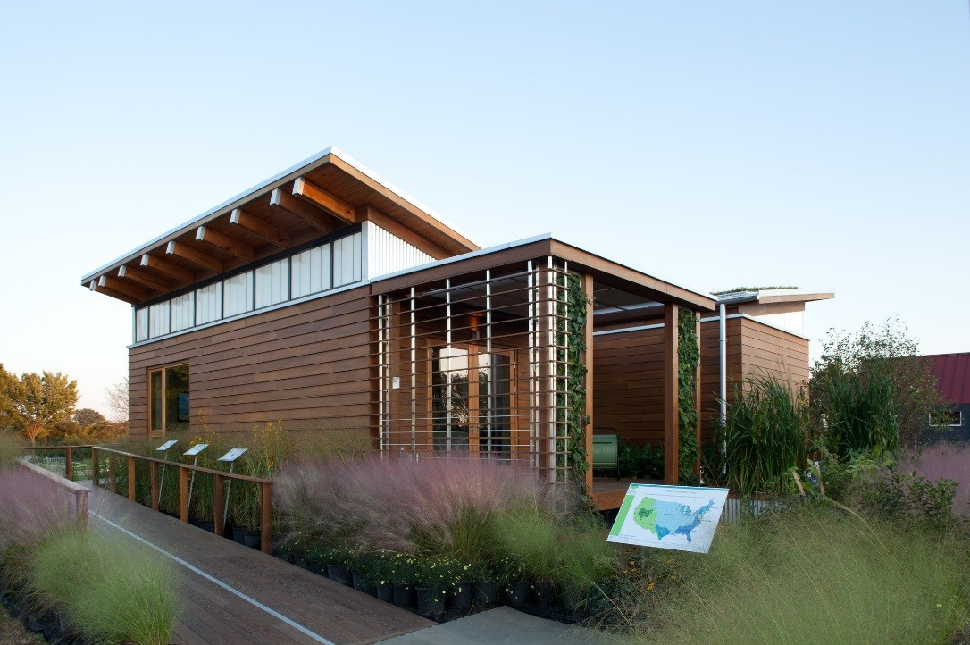 .@ENERGY's @Solar_Decathlon competition challenges teams of college students to design and build highly efficient homes powered by renewables. Here's how it's preparing the next generation of STEM professionals. ➡️ https://t.co/78KmV6g015 #STEMtomorrow #STEMtember https://t.co/Q6gKrx6720
