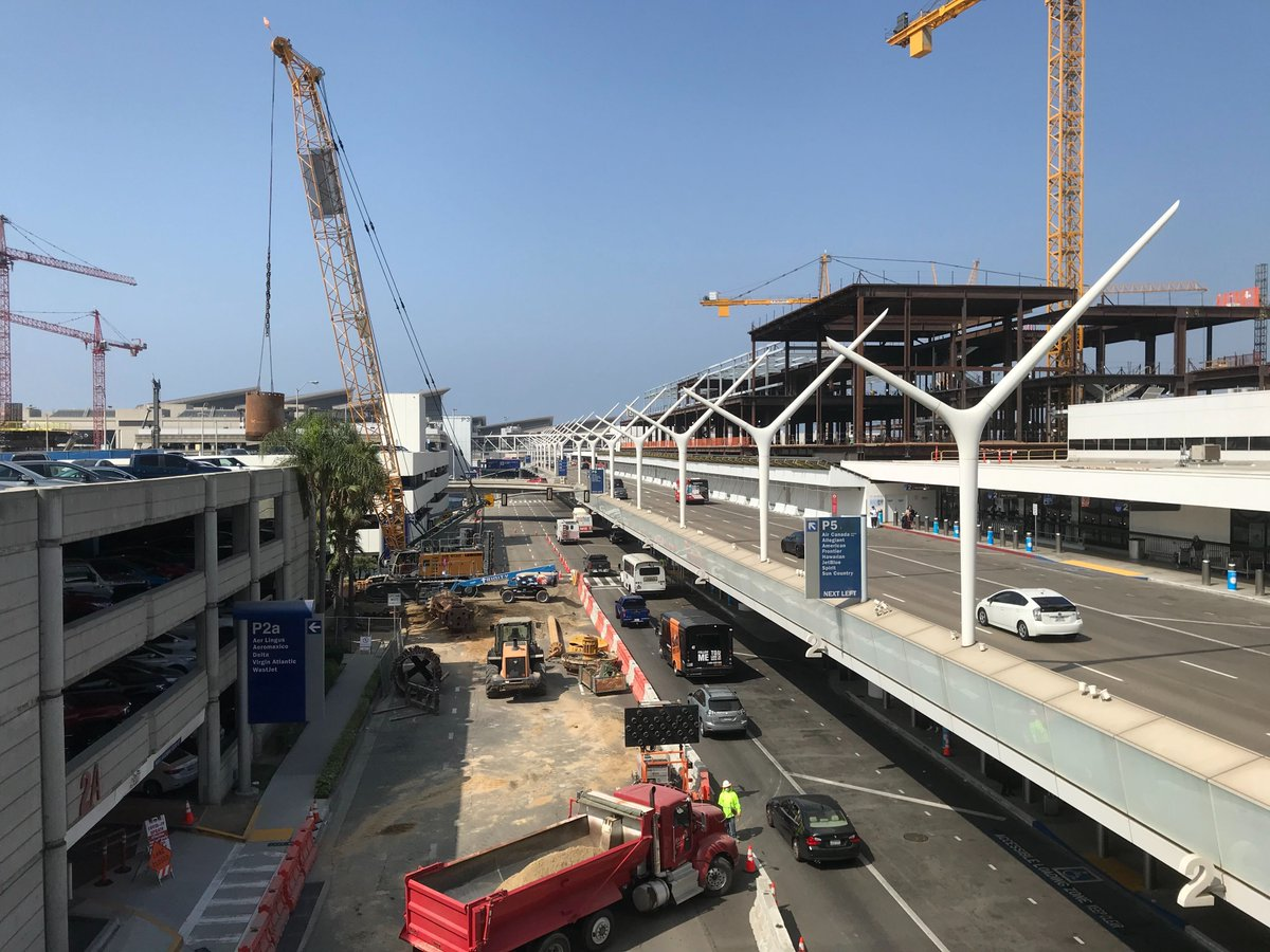 TRAVEL ALERT:  Three lanes and the entrance to Parking Structure 2b on the Lower/Arrivals Level are closed through Friday morning, Sept. 25. Allow extra time. Parking is also available in P2a (use the first entrance) and P3, or access P2b from the Upper/Departures Level. https://t.co/B3Jk8H9wBb