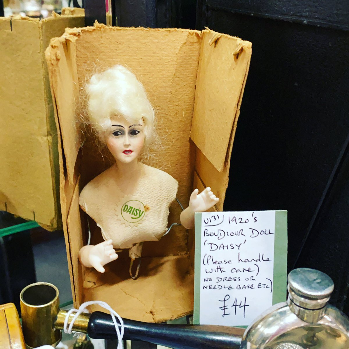 Enjoy your evening and we will be back open 10-5pm tomorrow. #boudoir #boudoirdoll #1920s #astraantiquescentre #hemswell #lincolnshire https://t.co/DBpZNYyEio