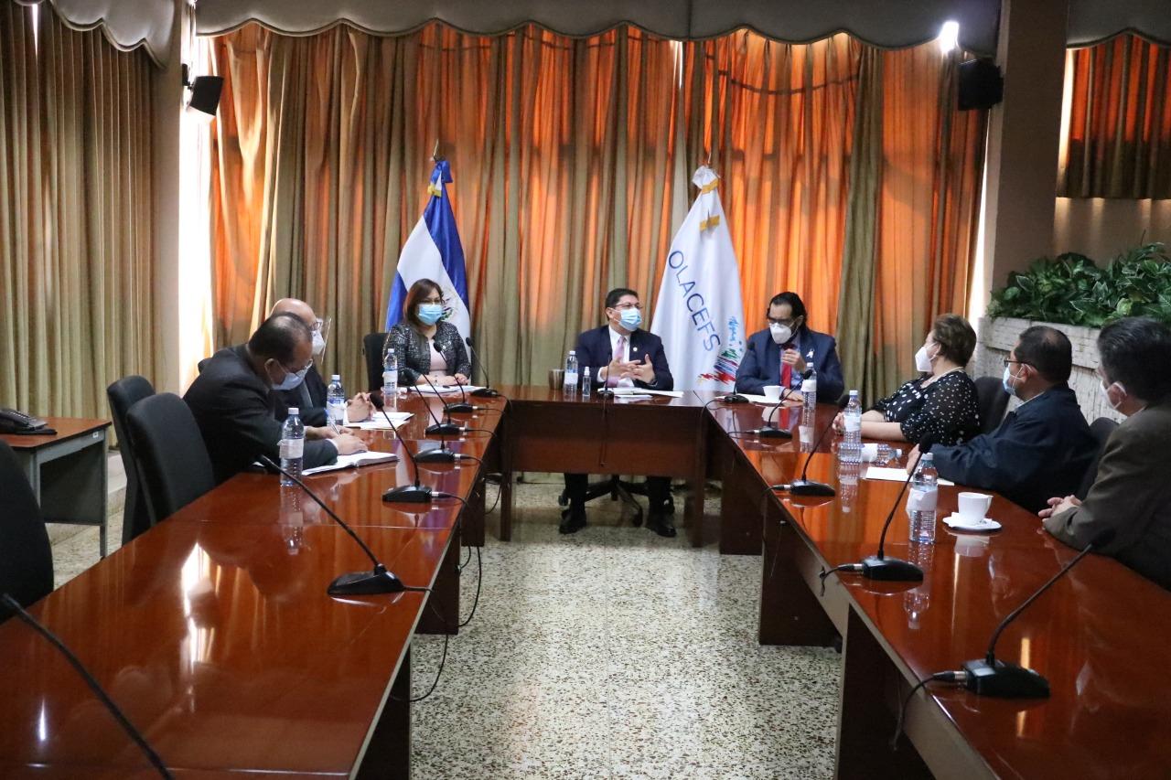 Ministro Zelaya acusa a Corte de Cuentas por auditoría a fondos FODES